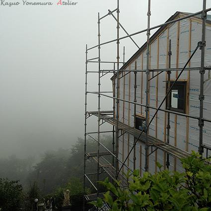 箱根函南(かんなみ)の崖地の家